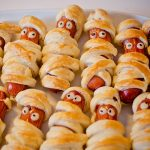eten hotdog mummie halloween