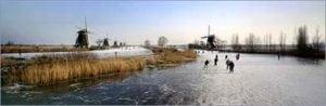 Winter schaatsen natuurijs tourschaatsen molen
