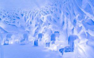 winter ijssculptuur ijsbar