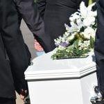 De begrafenis van schoonmama (versie 1)