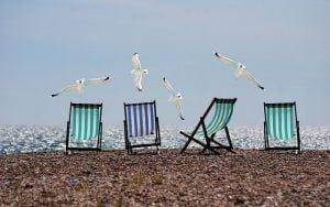 strandstoel meeuw strand