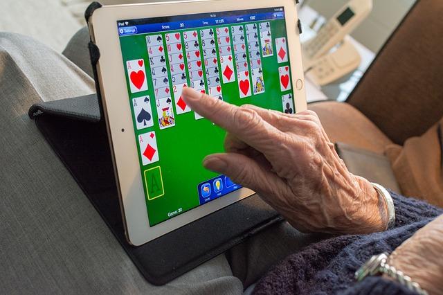senior tablet spel