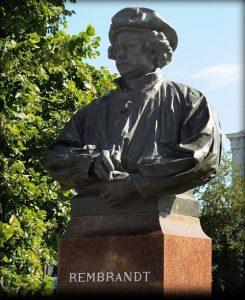 Rembrandt standbeeld Leiden