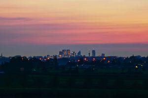 zonsondergang stad den haag