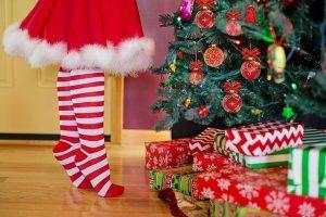 kerstboom versieren cadeau