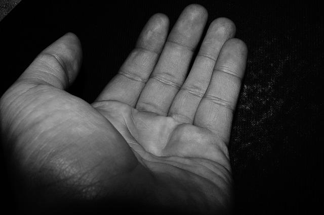 hand bedelen